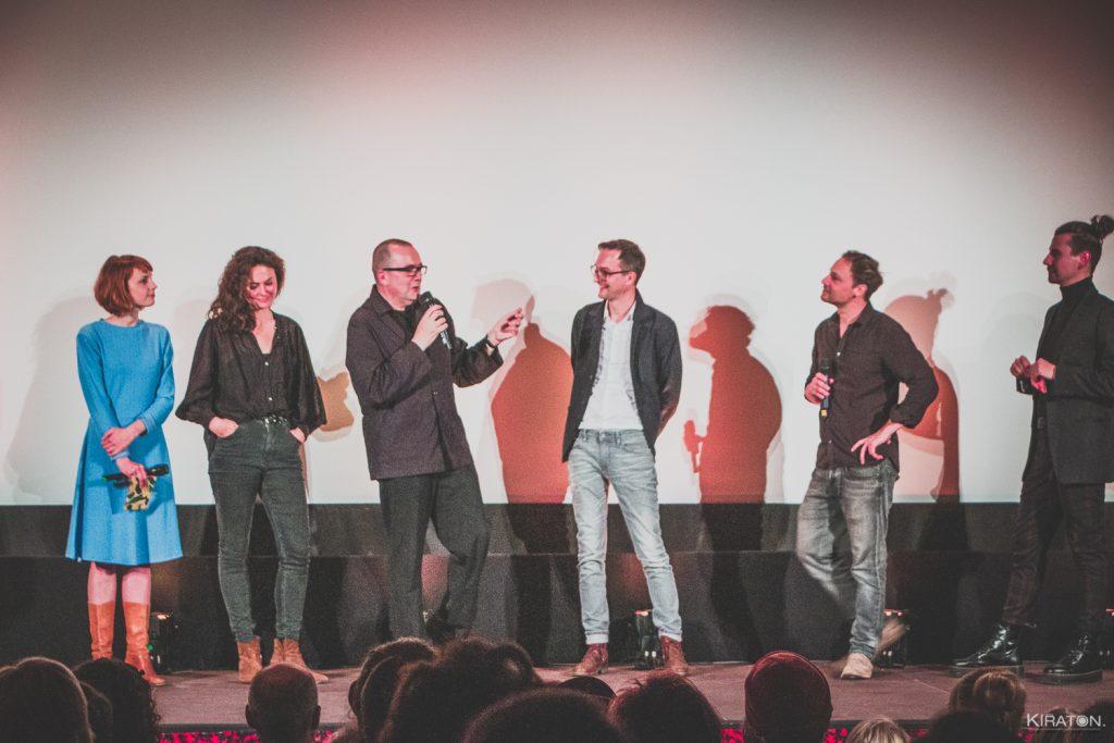 Festivaleröffnung mit Jenny Langner,  Miriam Bliese, Frank Salender,  Ricardo Brunn,  Jonas Schmager und Alexander Masche  © Kiraton